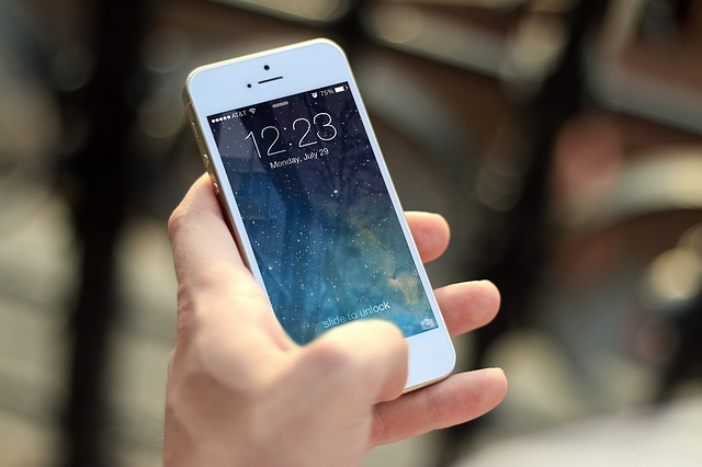 138e04fbd78cae64018dc521_640_smartphone
